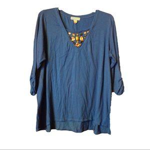 Blue midsize- sleeve Blouse